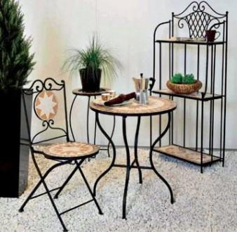 berlins gr tes spezialgesch ft f r gartenm bel st ndig bis zu 60 aufgebauten garnituren. Black Bedroom Furniture Sets. Home Design Ideas